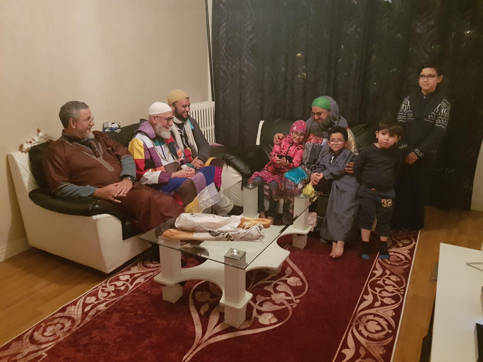 Sidi Shaykh invité à dîner chez Abdelkhabir