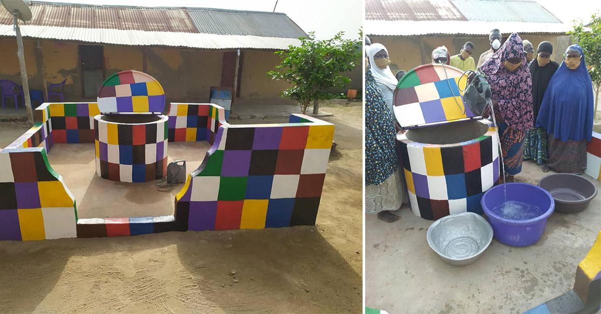 Construction du premier puits au Togo.